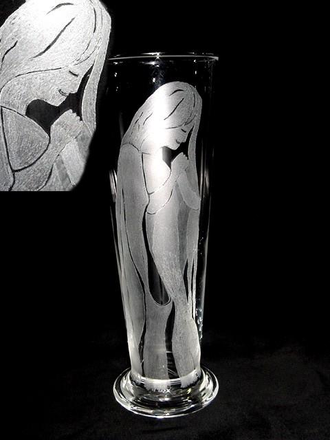 Handgravur auf Trinkglas, manuelle Gravur