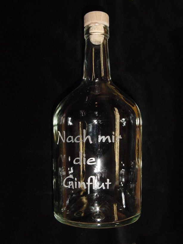 Glasflasche mit Text (Lasergravur)